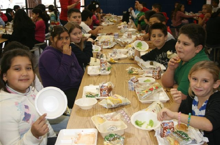Houston Chronicle Article on Sampson Elementary Salad Party